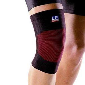 Суппорт колена 4 Ways (Смягчающая компрессия)