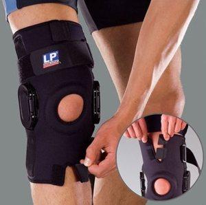 Шарнирный стабилизатор колена