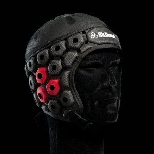 Регбийный шлем с повышенной защитой