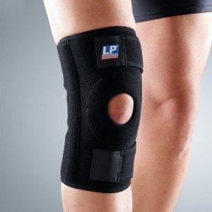 Неопреновый суппорт колена со спиральными вставками на липучке