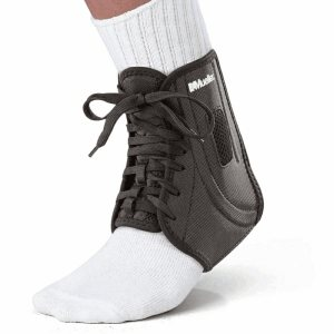 Бандаж голеностопного сустава на шнуровке