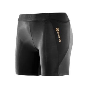 Тайтсы короткие женские Skins A400 Womens Shorts